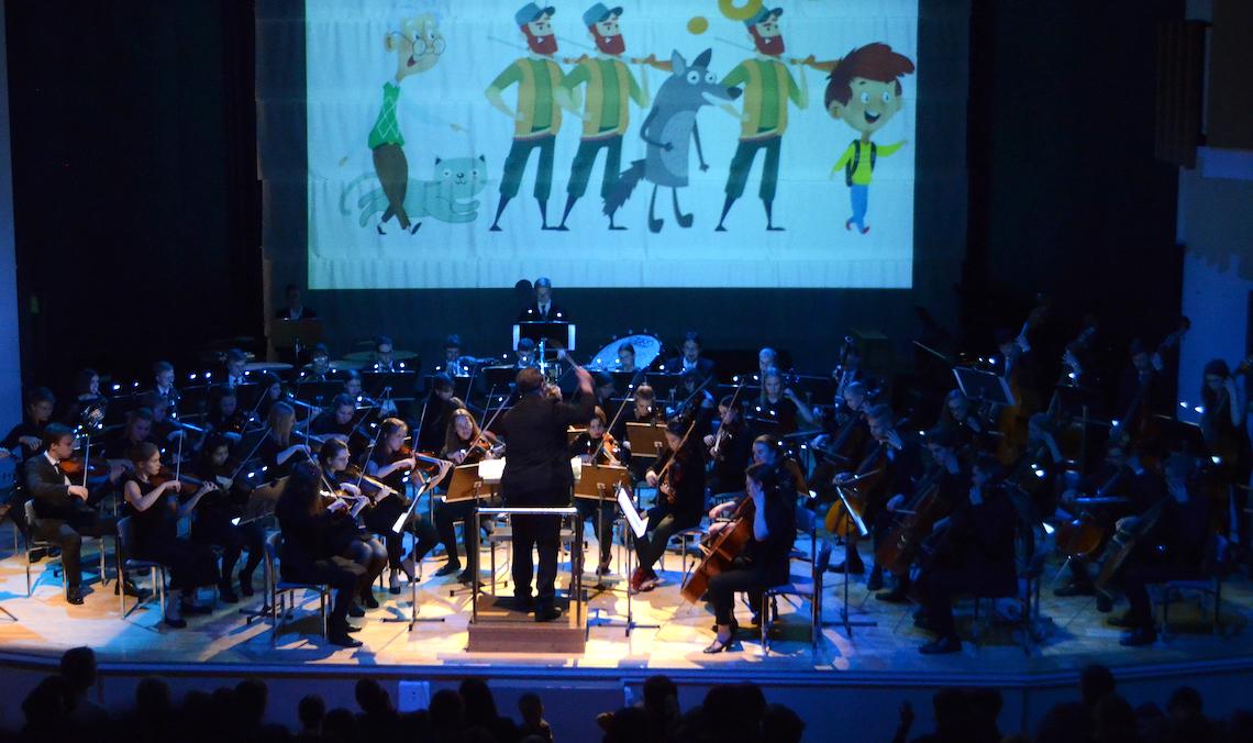 Sinfoniaorkesteri lavalla